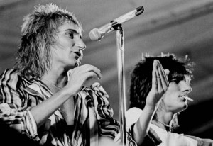 Rod_Stewart_and_Ron_Wood_1975
